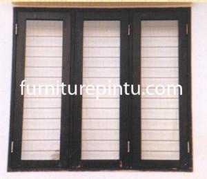 Jendela Kayu Jati 3 Pintu