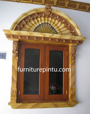 Jendela Ukir Mawar Kipas